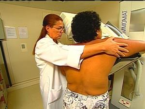 Pesquisadores alertam para aumento do câncer de mama em mulheres com menos de 50 anos (Foto: bom dia brasil)