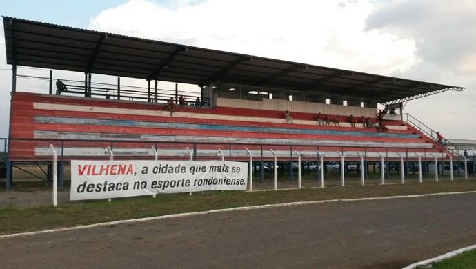 Vilhena e Nacional-AM no Portal da Amazônia (Foto: Eliete Marques)