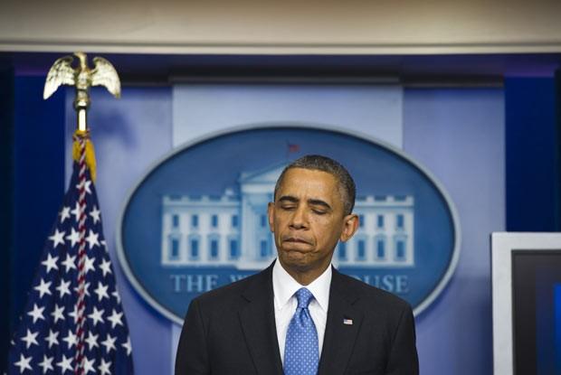 O presidente dos EUA, Barack Obama, discursa nesta sexta-feira (19) na Casa Branca (Foto: AFP)