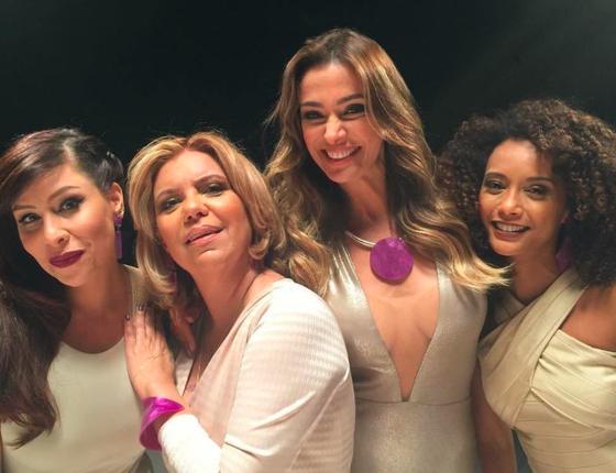 Pitty, Astrid Fontenelle, Mônica Martelli e Taís apresentam juntas o Saia Justa (Foto: Divulgação GNT)