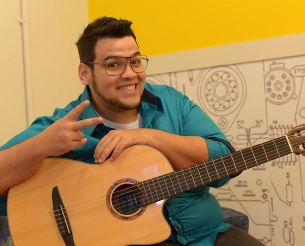 Lui Medeiros esta no The Voice Web de hoje (Foto: Camila Serejo\Gshow)