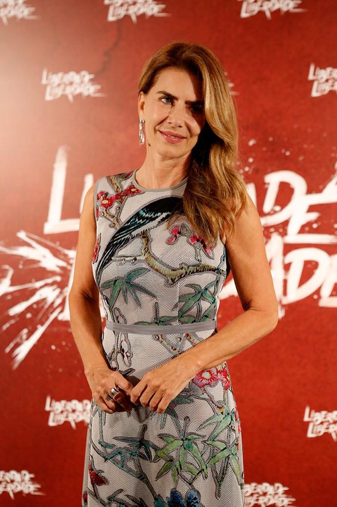 Maitê Proença posa para as lentes do Gshow, durante evento de lançamento de 'Liberdade, Liberdade' (Foto: Fabiano Battaglin/Gshow)