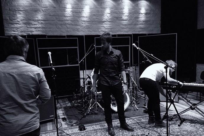 Banda Valente em estúdio (Foto: Arquivo pessoal)