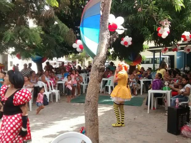 Hospital Oswaldo Cruz teve festa para crianças com microcefalia e famílias (Foto: Cláudia Ferreira/G1)