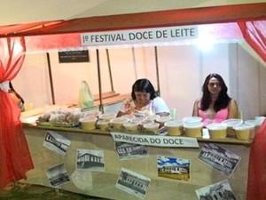 Doces de leite caseiros de Pompéu são expostos em festival (Foto: Nossa Gerais/Divulgação)