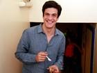 Sucesso em Amor à Vida, Mateus Solano responde perguntas da web