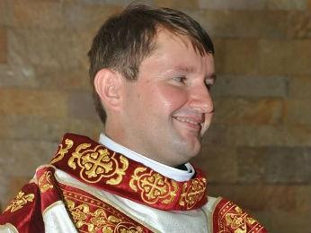 Padre José Sidnei Calderan, de Moreira Sales, morreu no acidente na PR-180 (Foto: Reprodução/Facebook)