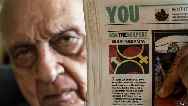 A coluna diária de Mahinder Watsa tornou-se um cult na Índia, onde a educação sexual é um assunto polêmico (Foto: BBC)