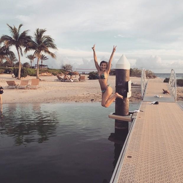 Bruna Santana, irmã de Luan Santana, se diverte em Curaçao (Foto: Instagram/ Reprodução)