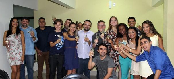 Equipe de web da Rede Clube comemora aniversário dos sites (Foto: TV Clube)