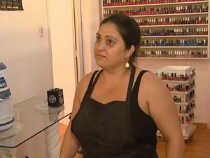 Dona de salão teme que homem seja solto e volte ao local novamente em Araraquara (Foto: Marlon Tavoni/ EPTV)