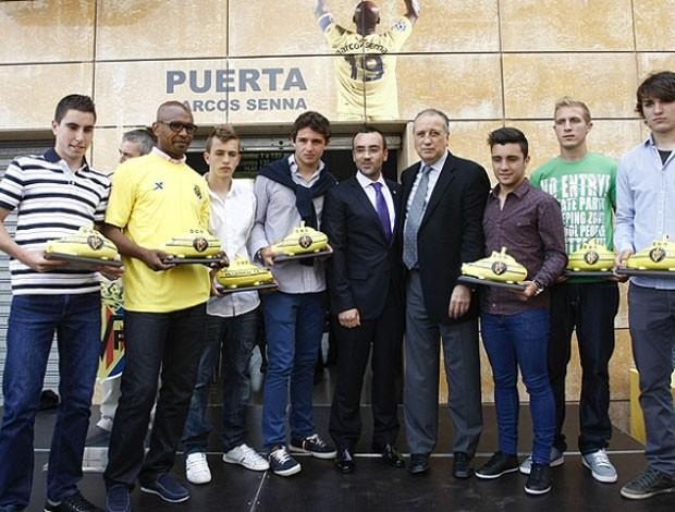 marcos senna villarreal ganha porta estádio el madrigal (Foto: Divulgação / Site oficial do Villarreal)