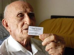 Péricles de Oliveira e Silva completa 100 anos em 2013 (Foto: Gioras Xerez/G1)