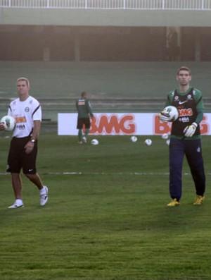 Vanderlei realiza treinamento no Coritiba (Foto: Gabriel Hamilko / GloboEsporte.com)