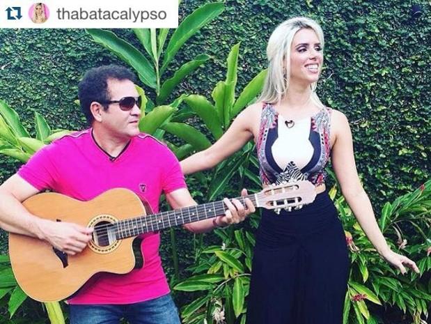 Thábata e Chimbinha na nova formação da Calypso. (Foto: Reprodução/Instagram)