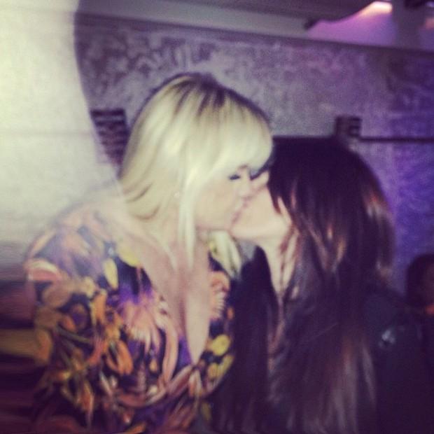 Monique Evans e Cacá Werneck (Foto: Instagram / Reprodução)