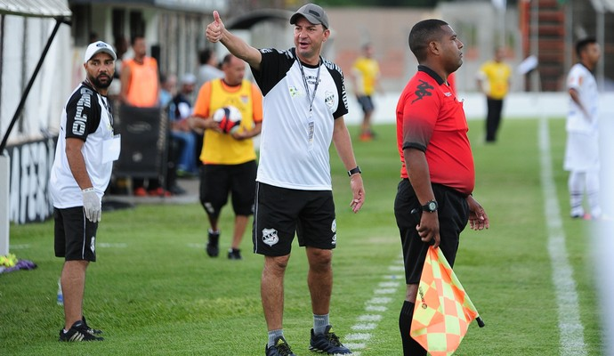 Piá Treinador Independente-SP Galo Limeira (Foto: Sanderson Barbarini / Foco no Esporte)