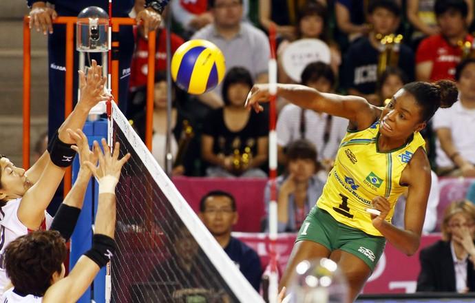 Brasil x Japão final Grand Prix vôlei Fabiana (Foto: Divulgação/FIBV)