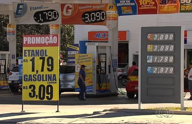 Apenas 26 postos de combustíveis cumprem medida e reduzem preço em Goiânia, GOiás (Foto: Reprodução/TV Anhanguera)