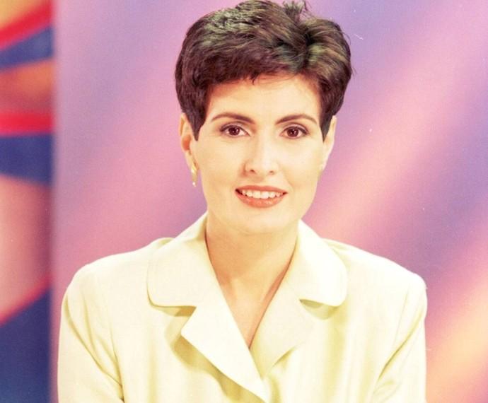 Fátima Bernardes apresentou o Fantástico nos anos 90 (Foto: CEDOC/TV Globo)