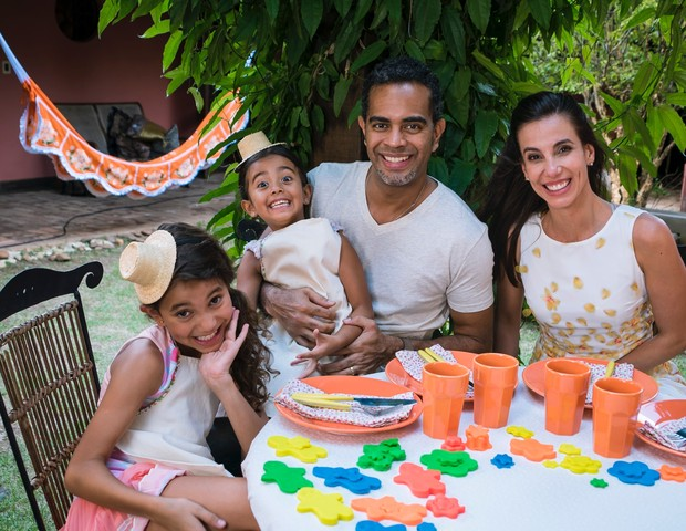 Tania, Jair, Isabella e Laura (Foto: Arquivo pessoal)