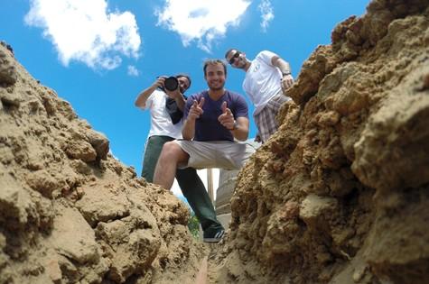 Max Fercondini e equipe do quadro 'Expedição Terra, do programa 'Como será?'  (Foto: TV Globo)