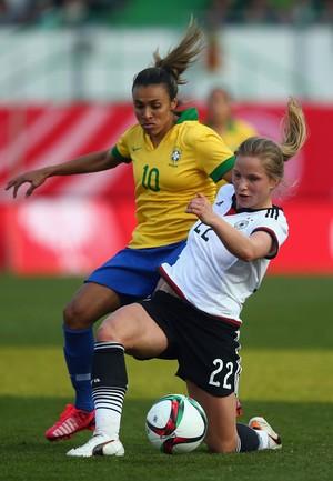 Mesmo com Martha e Cristiane, Brasil não conseguiu criar jogadas de ataque (Foto: Alex Grimm/Getty Images)