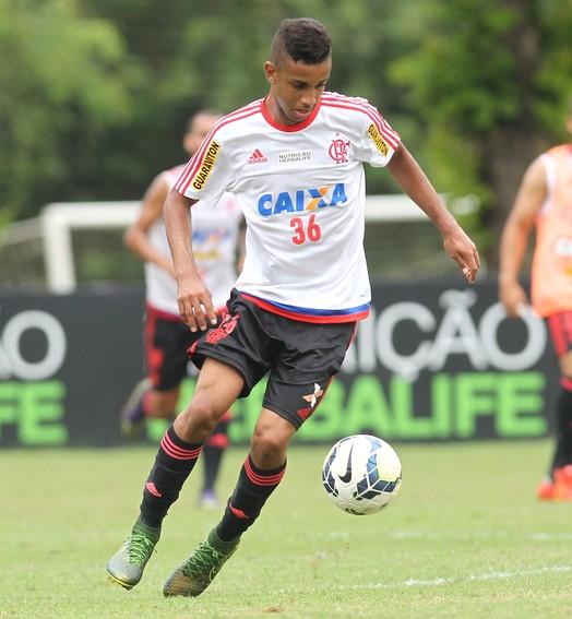 bola cheia (Gilvan de Souza / Flamengo)