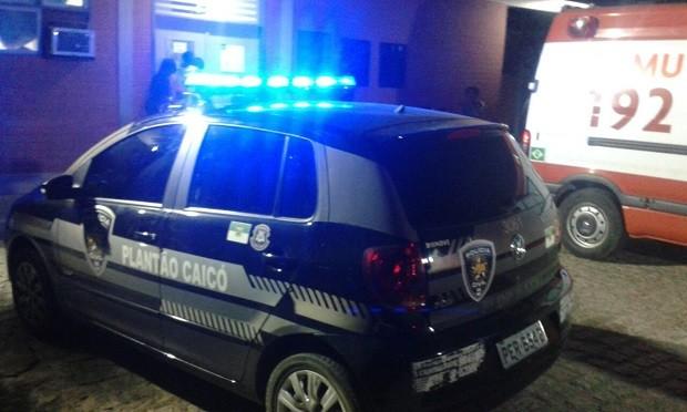Criança baleada foi inicialmente atendida no Hospital Regional de Caicó, depois encaminhada para Natal (Foto: Sidney Silva/G1)