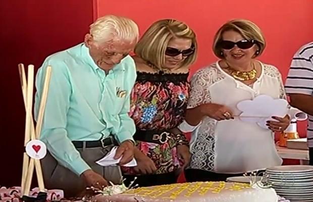 Família faz homenagem para 'Chico Bem', em Goiás (Foto: Reprodução / TV Anhanguera)