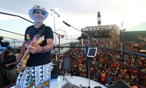 Durval Lelys canta na reabertura do Villa Mix, em Brasília, neste sábado