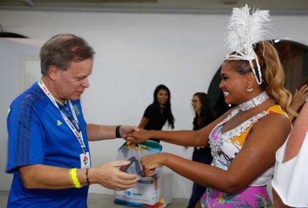 Chico Pinheiro e Gaby Amarantos (Foto: Vivian Fernandez/ Ed.Globo)