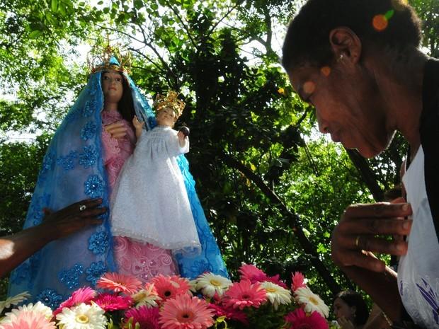 magem peregrina de Nossa Senhora da Penha, que tem mais de 60 anos, está presente em todas as romarias, espírito santo. (Foto: Carlos Alberto da Silva/ Arquivo A Gazeta)