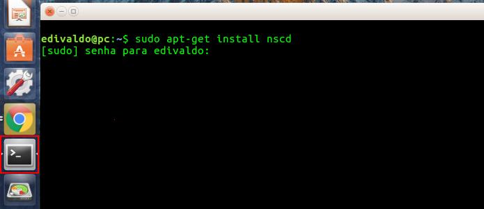 Acessando o terminal e instalando o NSCD (Foto: Reprodução/Edivaldo Brito)