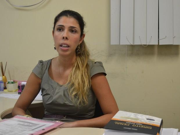 Escrivã Bruna Mendes de Andrade disse que a Polícia Civil vai pedir as imagens da Ufes (Foto: Juirana Nobres/G1)