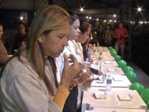 Creusa levou triampeonato em concurso de ovos (Foto: Reprodução / TV TEM)