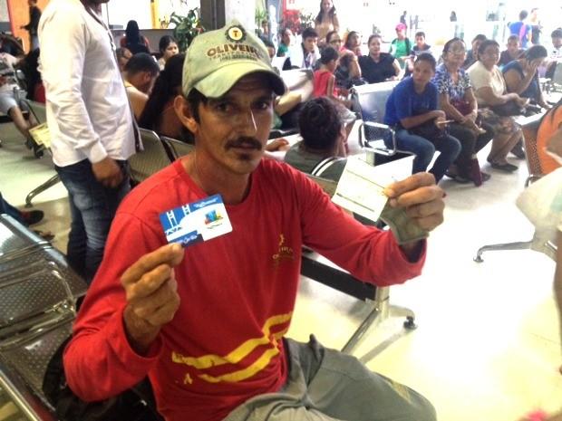 Motorista Cristiano Oliveira diz ter se sentido humilhado com situação (Foto: Quésia Melo/G1)