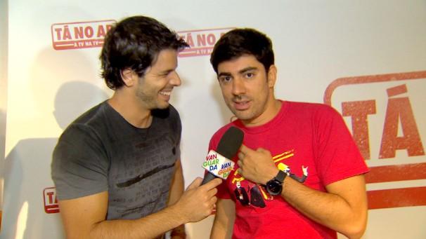Jonas Almeida e Marcelo Adnet: risadas garantidas (Foto: Reprodução/TV Vanguarda)