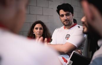 CBLoL: psicóloga adapta música da torcida do Corinthians em pré-jogo