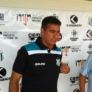 Paulo César Catanoce, técnico, Uberlândia Esporte (Foto: Gullit Castro)
