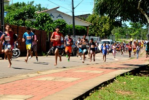 Corrida Infantil Cidade de Rio Branco (Foto: Nathacha Albuquerque)