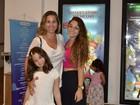 Em estreia de peça, Andréia Sorvetão incentiva carreira de atriz da filha