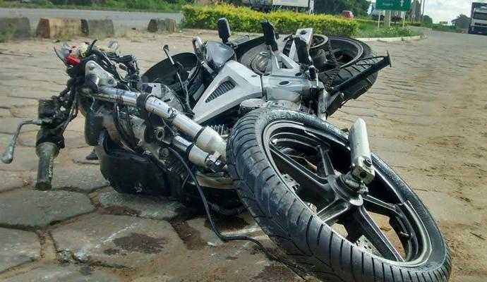 [Imagem: moto-acidente.jpg]