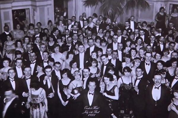 A cena final de 'O Iluminado' (1980) (Foto: Reprodução)