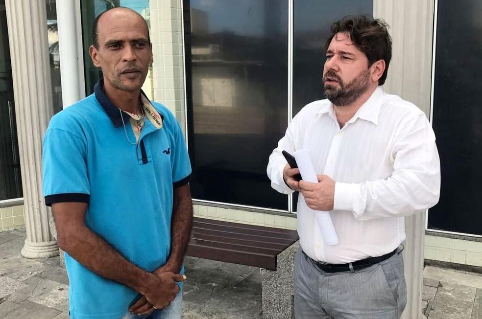 Edivan e Marcos disseram que vão processar a médica (Foto: José Claudio Pimentel/G1)