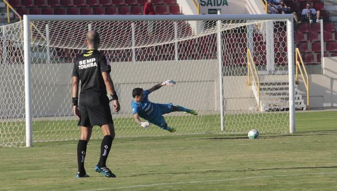 Confianca, Cuiaba, seriec (Foto: Osmar Rios / GloboEsporte.com)