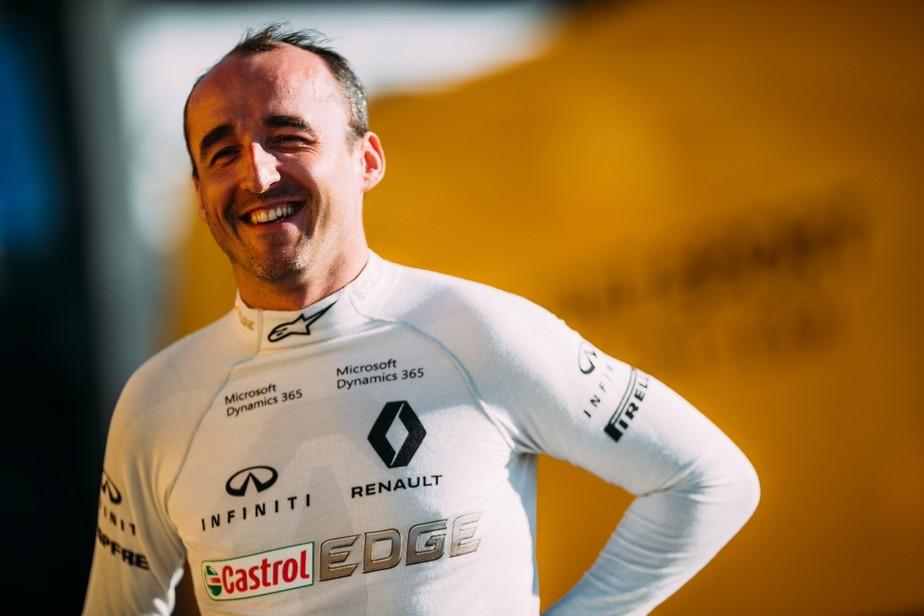 Após voltar a guiar um F1 depois de seis anos, Kubica terá novo teste com a Renault