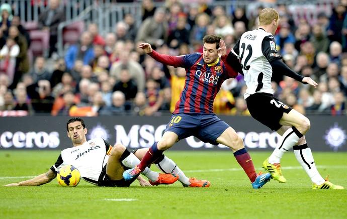 Messi jogo Barcelona e Valencia (Foto: AFP)