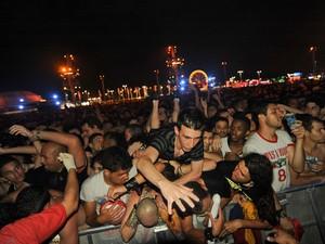 Público passou por aperto em frente ao Palco Mundo (Foto: Flavio Moraes/G1)