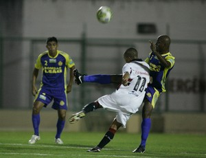 Horizonte x Ferroviário pela 1ª rodada do Campeonato Cearense de 2012 (Foto: Natinho Rodrigues/Agência Diário)